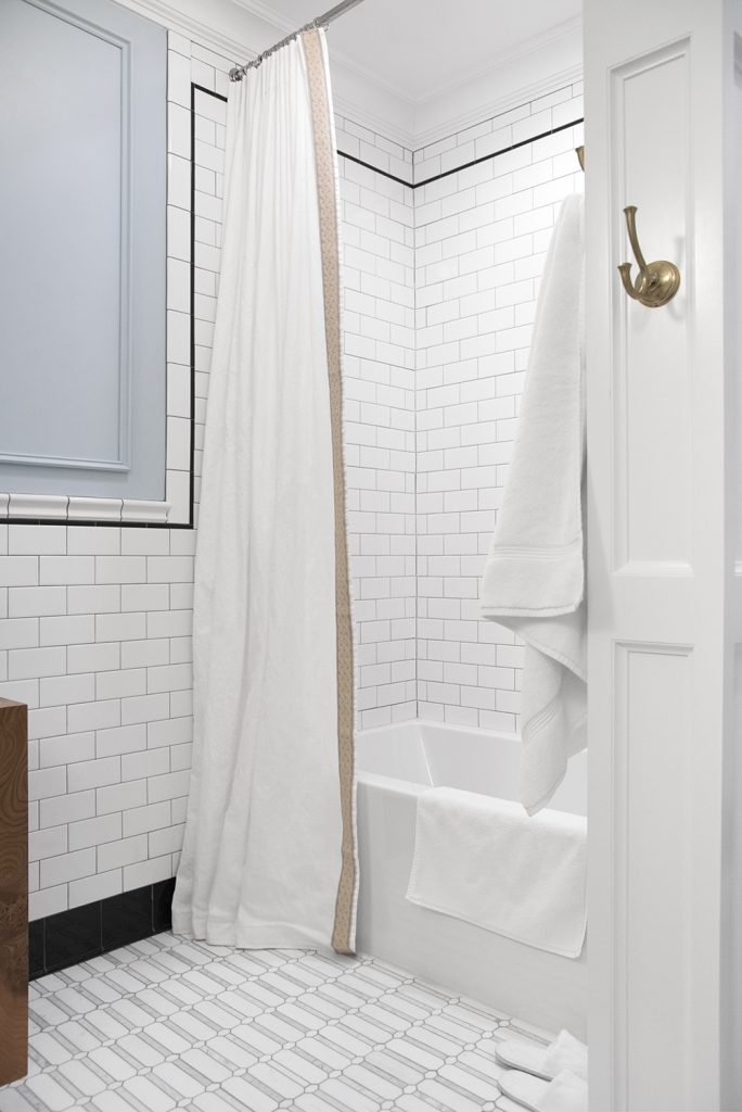 DIY-Pinch-Pleat-Extra-Long-Shower-Curtain